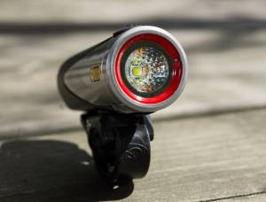 Light-&-Motion-Urban-800-Fast-Charge