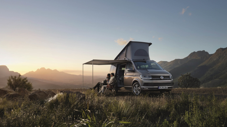 volkswagen unveils new 39 california 39 camper van. Black Bedroom Furniture Sets. Home Design Ideas