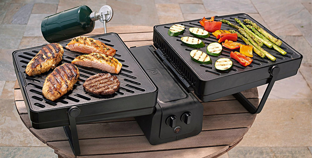 camp ready briefcase grill gearjunkie. Black Bedroom Furniture Sets. Home Design Ideas