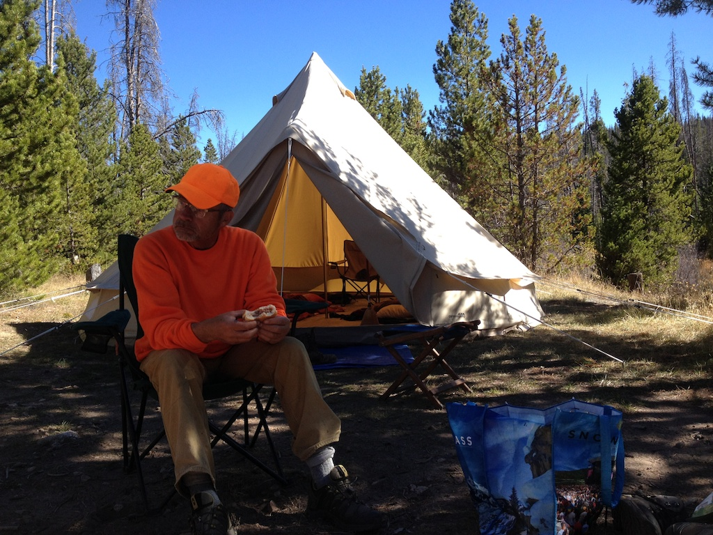 Canvas tents are nothing new. Theyu0027ve been used for decades in military hunting and exploration applications. Iu0027ve never used them much myself ... & Modernized Canvas Tent: Spacious Backwoods Comfort