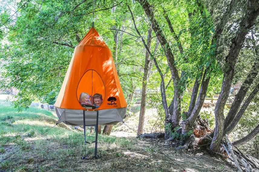 Portable Tree House : Treepod is the treehouse you simply hang