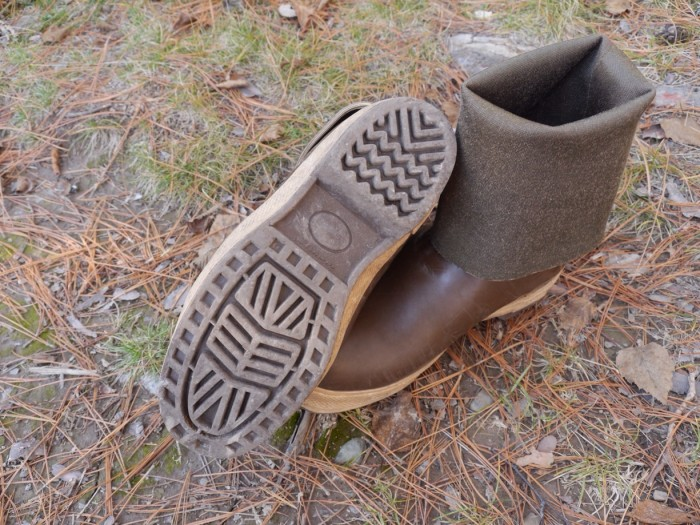 Amphibious feet xtratuf rubber boots review for Commercial fishing boots