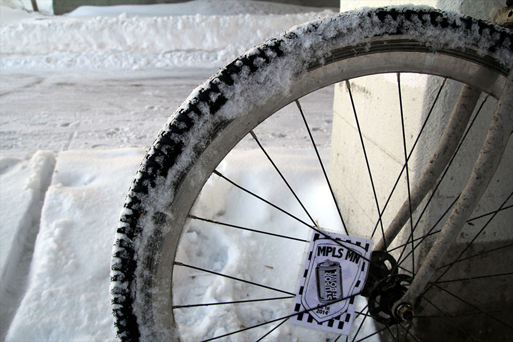winter-bike-wheel